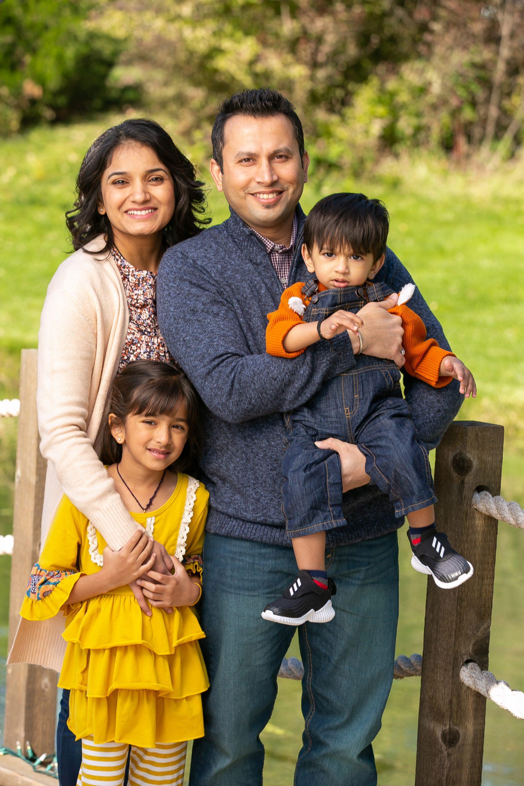 db Fotografy - Dharmesh Family Photographer